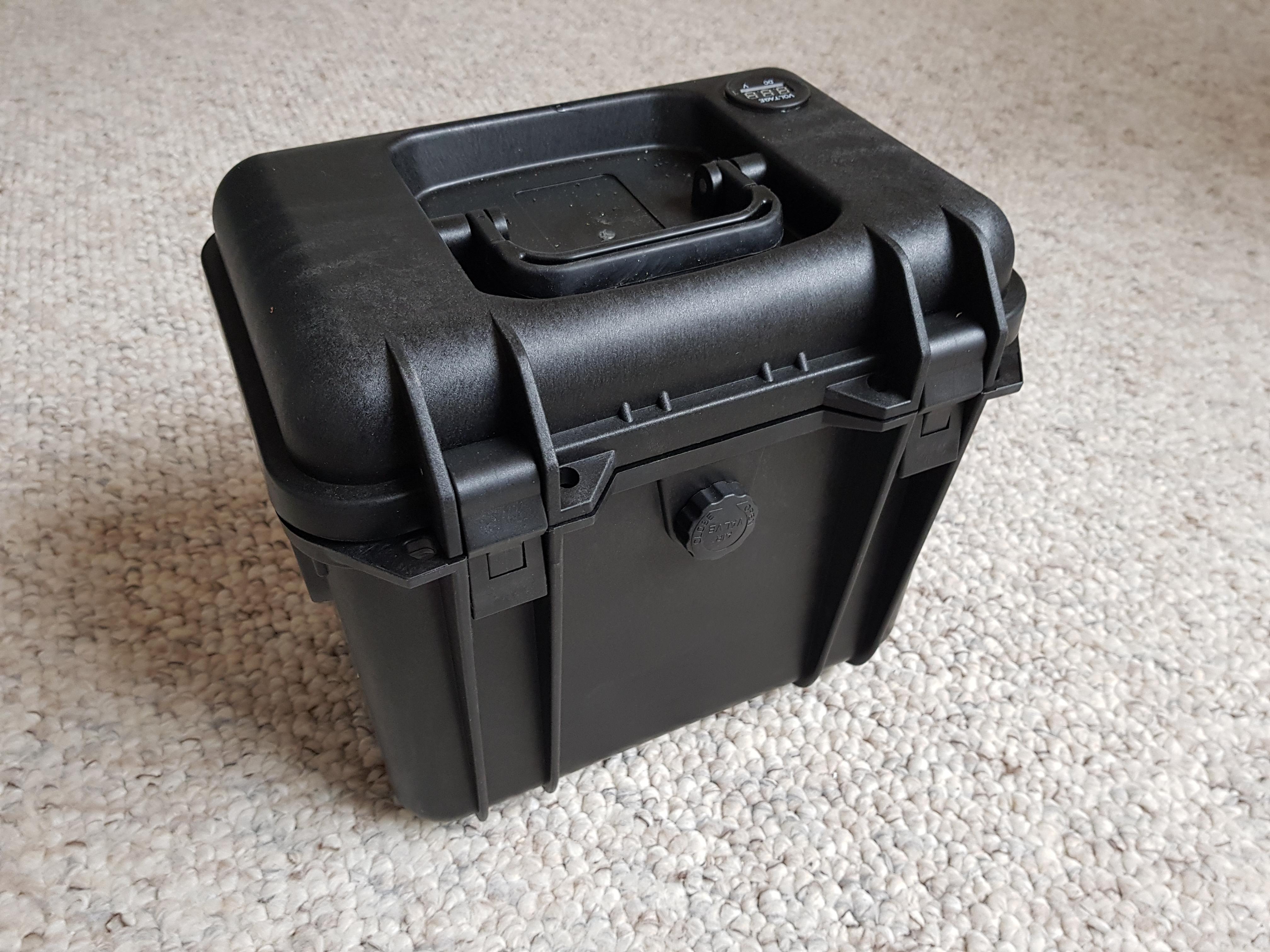 12BB-LM Lithiumbatterie mit Sturmcase 40Ah - schwarz